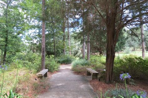 path picture of mobile botanical gardens mobile