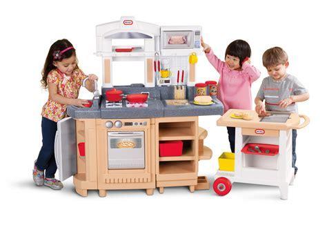 Little Tikes Cook Around Kitchen & Cart   $186.58   OJCommerce