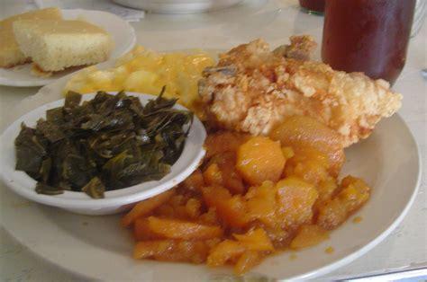 southern cuisine file soul food dinner jpg wikimedia commons
