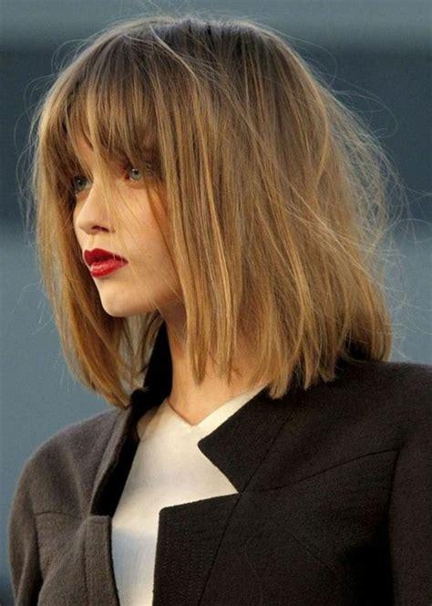 Coiffure Cheveux Court Femme 114 Magnifiques Photos De Coiffure Courte Archzine Fr