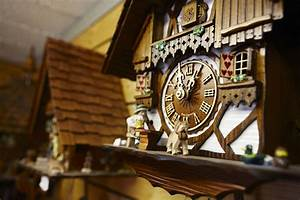 Guide, To, German, Cuckoo, Clocks