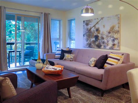 Best Selling Home Decor: Home Staging Tips & Checklist