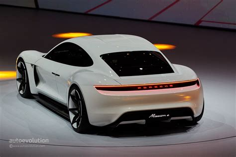 porsche mission e wheels porsche mission e concept revealed in frankfurt with 600