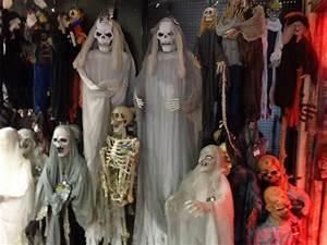 Decoration Halloween Pas Cher : decoration halloween pas cher lyon ~ Melissatoandfro.com Idées de Décoration