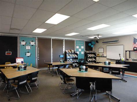 student desks  images classroom setting