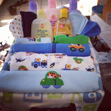 boy baby shower gift ideas baby shower diy gift basket boy gift ideas