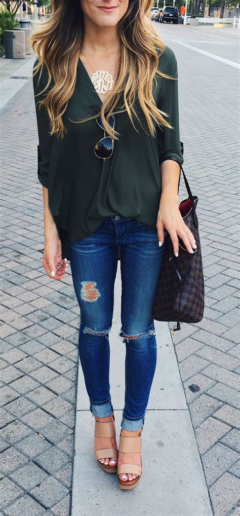 3 Reasons To Love It And 3 Ways To Wear It Simple Fall