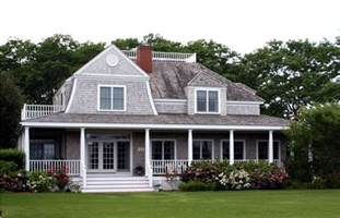 Cape Cod Style House with Porch