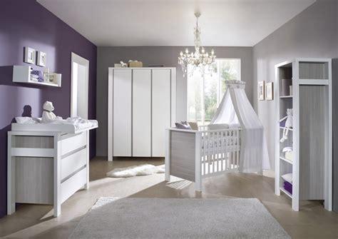 chambre bebe gris blanc ensemble bébé lit commode gris schardt