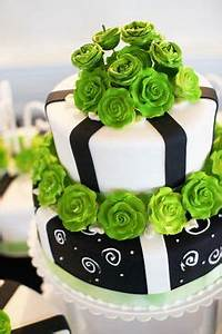 1000 images about Black White & Red Cake on Pinterest