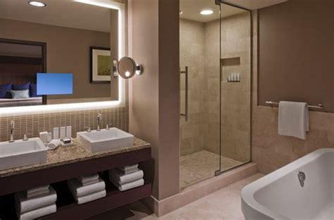 grand hyatt denver hotel amenities include  square