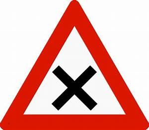 Intersection Code De La Route : vocabulaire les panneaux de signalisation en anglais code de la route expression anglaise ~ Medecine-chirurgie-esthetiques.com Avis de Voitures