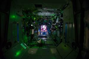 Inside the International Space Station's Destiny ...