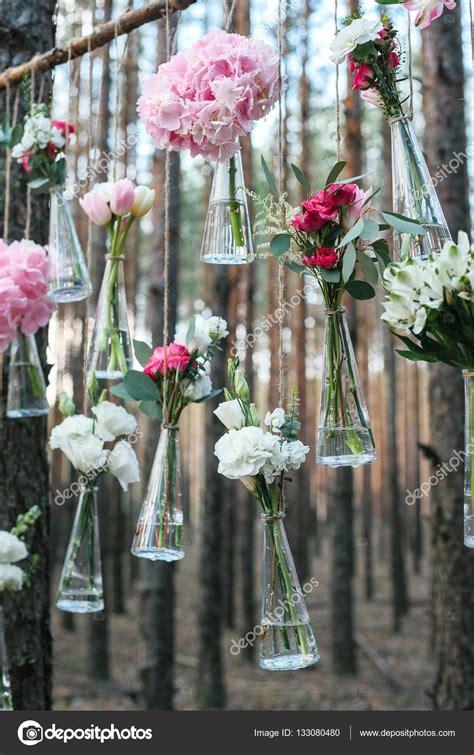 Blumen Hochzeit Dekorationsideenmoderne Hochzeit Blumendekoration by Hochzeit Blumen Deko Bogen In Den Wald Die Idee Einer