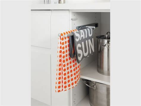 rangement torchons cuisine dans la cuisine à chaque objet rangement