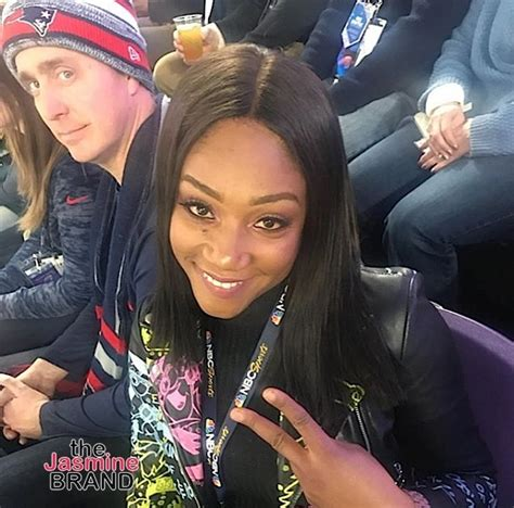 celebs spotted  super bowl kevin hart issa rae