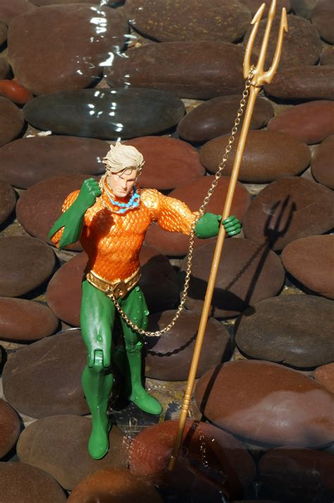 awesome toy picks justice league   aquaman action