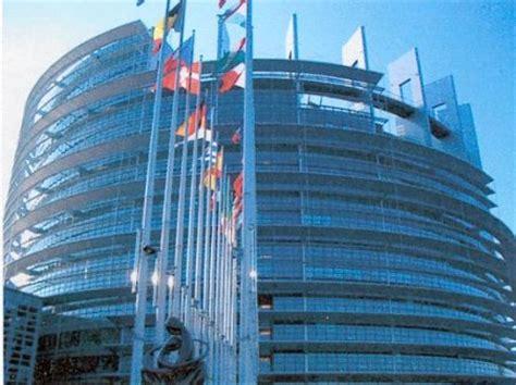 Commissione Europea Sede by Conoce Estrasburgo Whatsappeurope