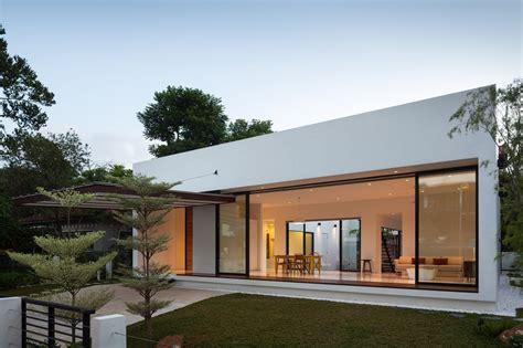Modern Small House Plans Modern Courtyard House Plans