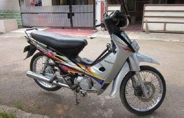 Mengganti per kopling supra x 125 biar tarikannya lebih nyentak. Supra X 125 Warna Hitam Putih Modif - Honda Supra X 125 D Tahun 2008 Hitam Putih Motor : Motor ...