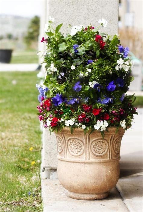flower tower space saving decoration