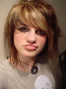 Emo Hairstyles for Girls - Latest Popular Emo Girls ...