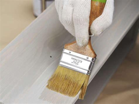 comment restaurer une chaise en bois comment restaurer un meuble leroy merlin