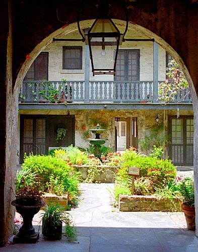 orleans louisiana french quarter bosque house courtyard reminds    view