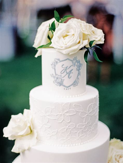 favorite monogrammed wedding cakes martha stewart weddings