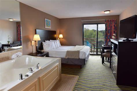 discount coupon  atlantis waterpark hotel wi dells