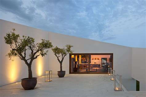 architecture and nature modern hotel in the vineyards portugal architecture architecture