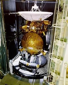 File:Cassini preflight testing.jpg - Wikimedia Commons