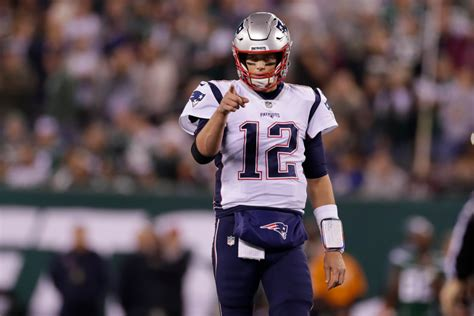 Patriots blitz Darnold, Jets 33-0 to remain undefeated ...