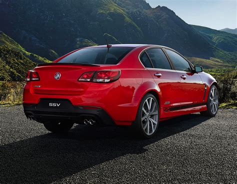 Holden VF Commodore: optional design packs added - Photos ...