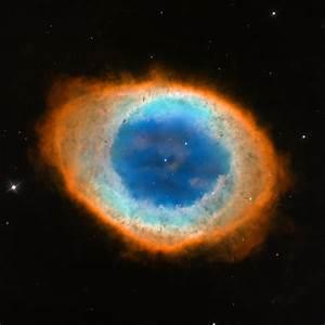Hubble image of the Ring Nebula (Messier 57)   ESA/Hubble