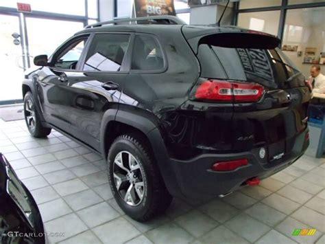 jeep trailhawk black brilliant black crystal pearl 2014 jeep cherokee trailhawk