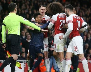 Arsenal vs Manchester United Preview, Predictions, Lineups ...
