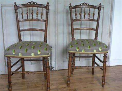 refaire une chaise paire de chaises de style louis xvi un petit côté chic