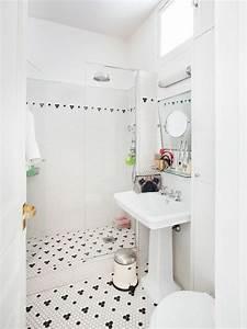 interieur design l39exemple d39un appartement a paris With salle de bain design avec tableau acoustique décoratif