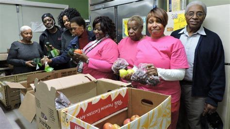 Food Pantry Baltimore Around The Park Acan S Food Pantry Programs Help