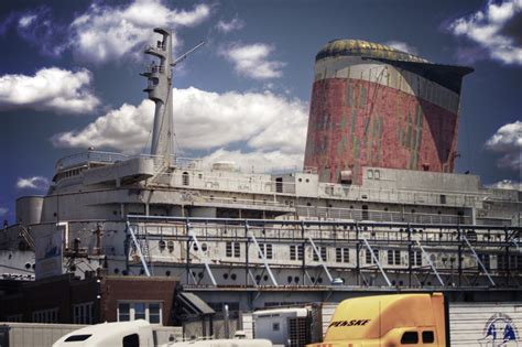 Boat Repair Ocean Springs Ms by Crystal Cruises Plans To Restore The Ss United States
