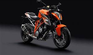 Ktm Super Duke R : come watch the ktm super duke 1290 r do its thang asphalt rubber ~ Medecine-chirurgie-esthetiques.com Avis de Voitures
