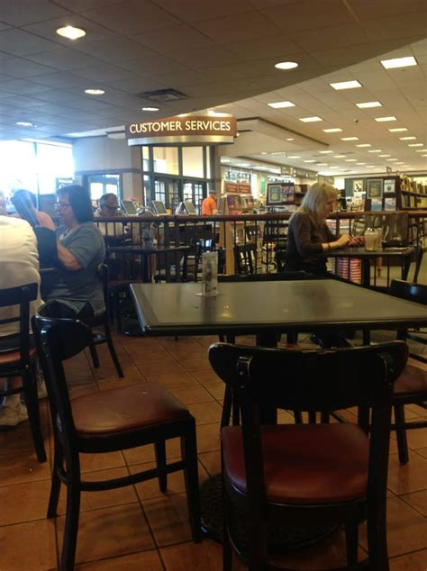 barnes and noble springfield mo barnes noble booksellers 12 recensioni librerie