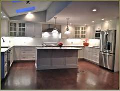 Lowes Kitchen Cabinets by Lowes In Stock Cabinets Home Design Ideas