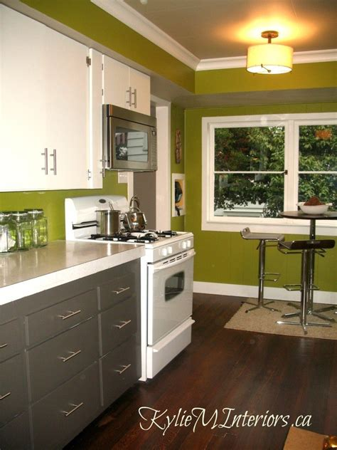 how to paint mdf kitchen cabinets kitchen painted wood mdf kitchen cabinets cloud white 8807