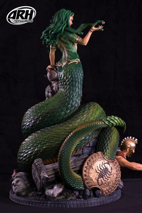 Arh Studios Greek Mythology Medusa Victorious