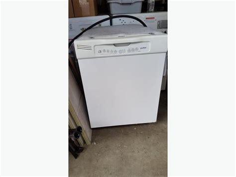 Moffat Dishwasher Model Mld4007l20ww North Saanich