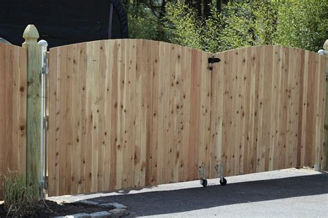 double swing wood fence gate spring loaded rollers