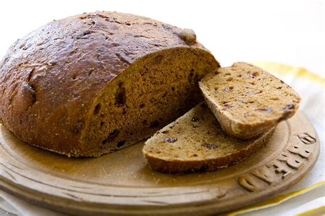 pumpernickel bread pumpernickel bread recipe makes two round loaves