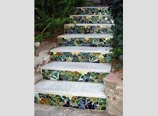 13 beautiful designs for your mosaic in the garden